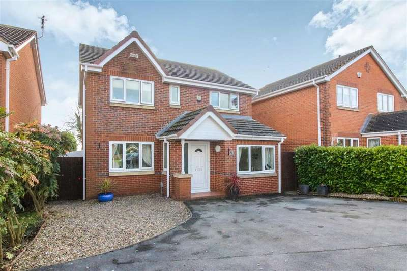 4 Bedrooms Detached House for sale in Inglefield Close, Beverley