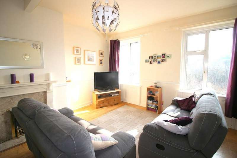 3 Bedrooms Apartment Flat for sale in Lower Port View, Saltash