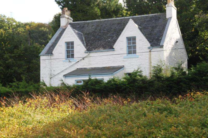 4 Bedrooms Detached House for sale in Tarbert PA29