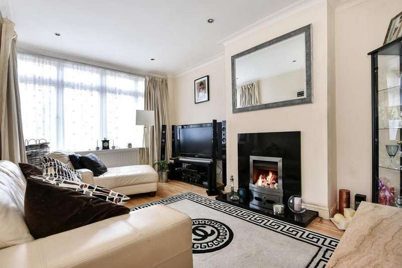 3 Bedrooms Semi Detached House for sale in Canham Road, South Norwood