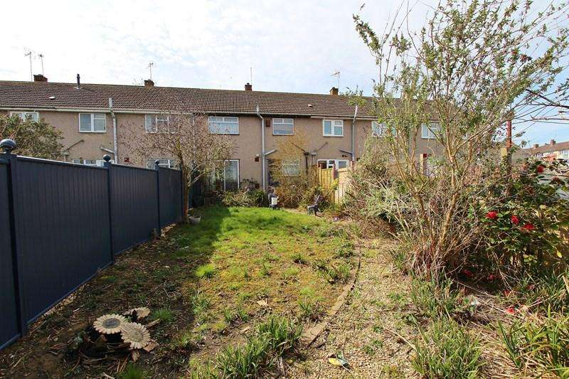 3 Bedrooms Terraced House for sale in Warwick Road, Keynsham, Bristol