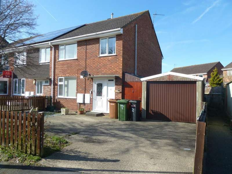 3 Bedrooms Town House for sale in Thrush Close, Melton Mowbray