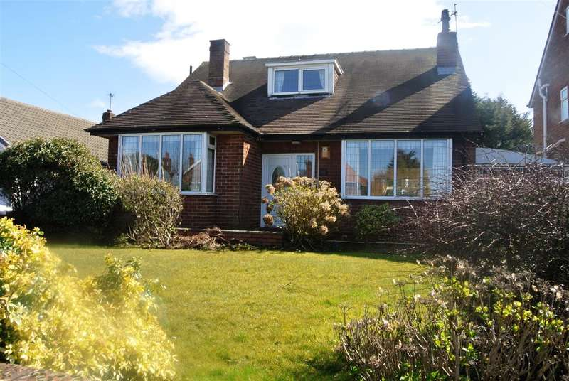3 Bedrooms Detached House for sale in Newton Drive, Blackpool