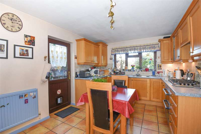 4 Bedrooms Detached House for sale in Eden Way, Winnersh, Wokingham, Berkshire, RG41