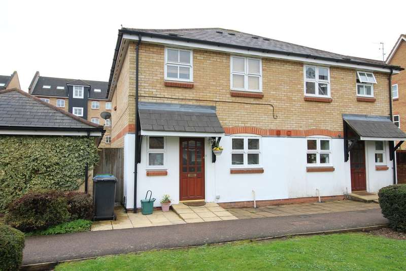 3 Bedrooms Semi Detached House for sale in Apsley Lock, Hemel Hempstead