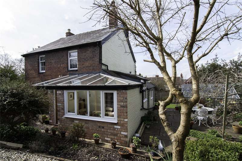 3 Bedrooms Detached House for sale in October Cottage, 7 Fishmore Road, Ludlow, Shropshire, SY8