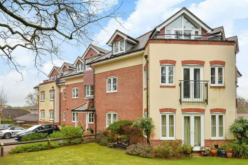 1 Bedroom Flat for sale in Oakleigh Place, 55 Winchester Road, Chandler's Ford
