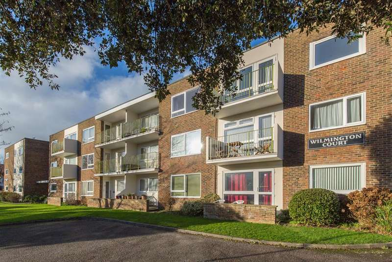 1 Bedroom Flat for sale in Wilmington Court, Bath Road, Worthing, BN11 3QN
