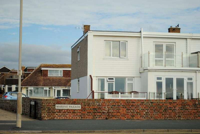 2 Bedrooms House for rent in Marine Parade, Seaford, BN25 2PL