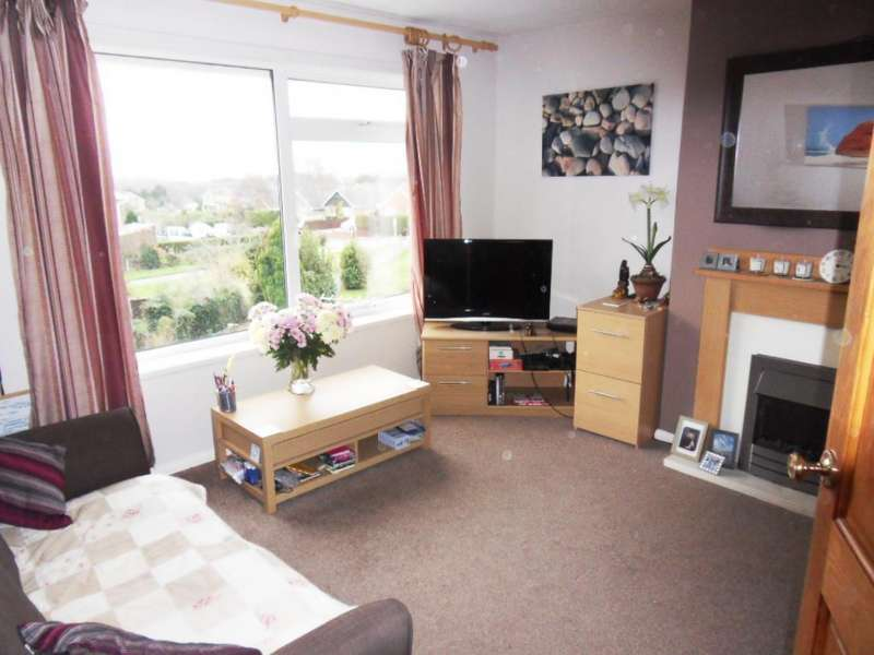 2 Bedrooms Maisonette Flat for sale in Venner Avenue, Cowes