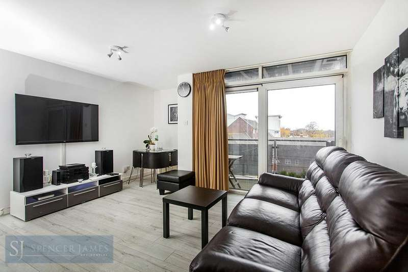 1 Bedroom Apartment Flat for sale in Lowestoft Mews, Galleons Lock, E16
