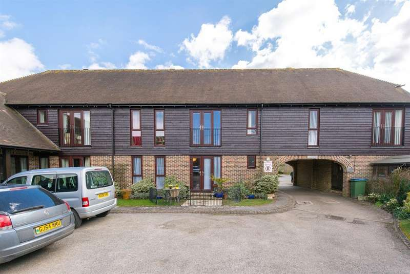 2 Bedrooms Retirement Property for sale in Farm Close, Chapel Road, Barns Green, RH13 0UW