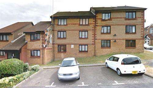 2 Bedrooms Flat for sale in Broadfields Way, Neasden, NW10