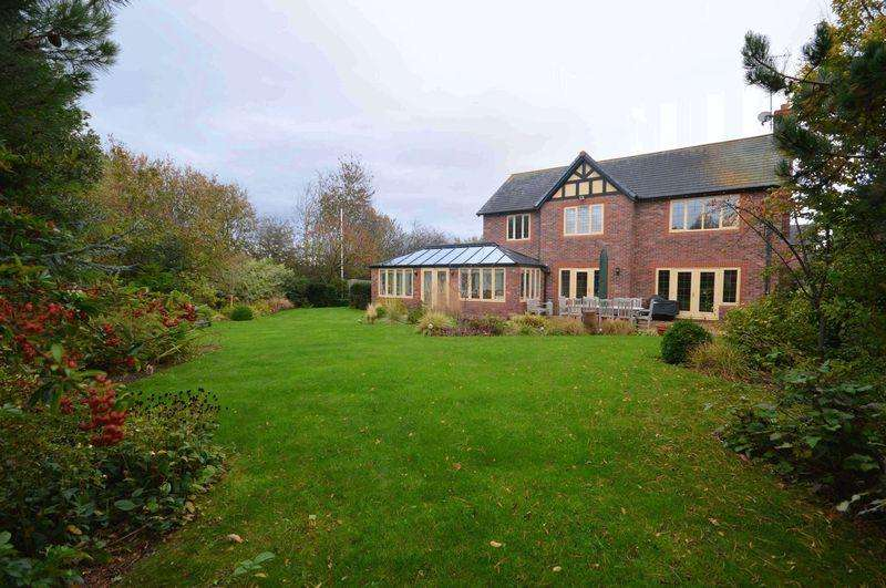 5 Bedrooms Detached House for sale in Heatherleigh, Caldy