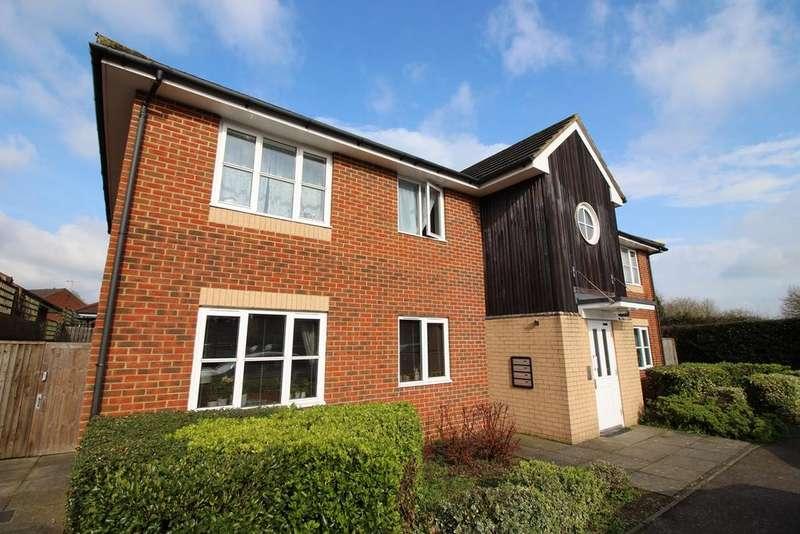 1 Bedroom Apartment Flat for sale in Wenham Place, Hatfield, AL10