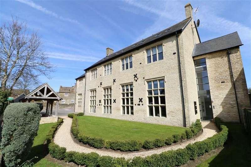 2 Bedrooms Apartment Flat for sale in 2, Westport Manor, Malmesbury