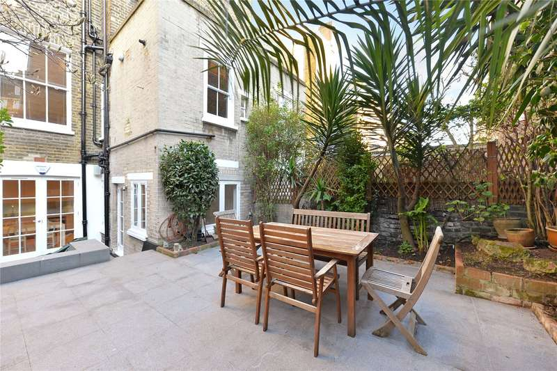 2 Bedrooms Flat for sale in Coleherne Road, Earls Court, London, SW10