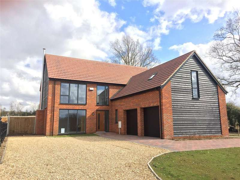 3 Bedrooms Detached House for sale in Intwood Lane, Swardeston, Norwich, NR14