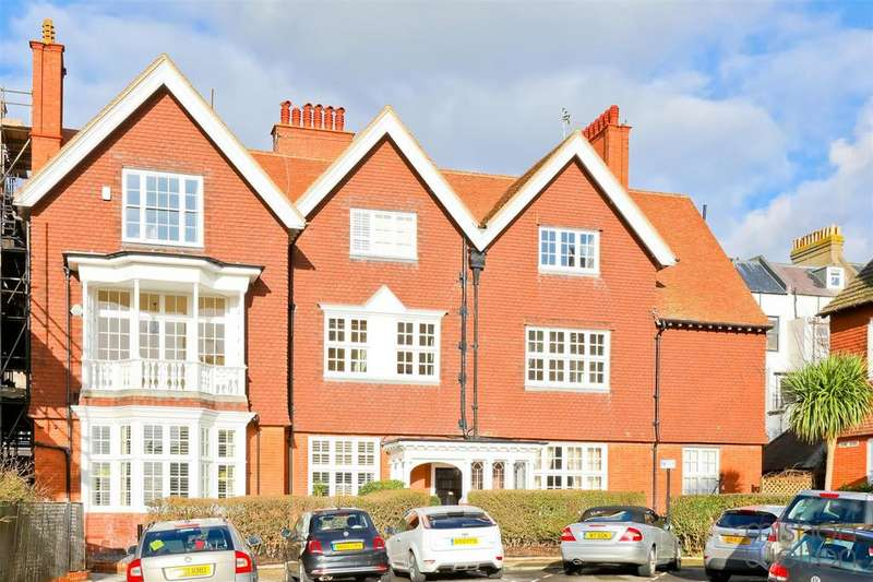 4 Bedrooms Flat for sale in Grand Avenue, Hove
