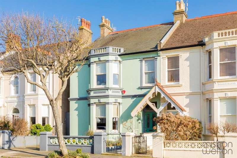 4 Bedrooms Semi Detached House for sale in Sackville Gardens, HOVE