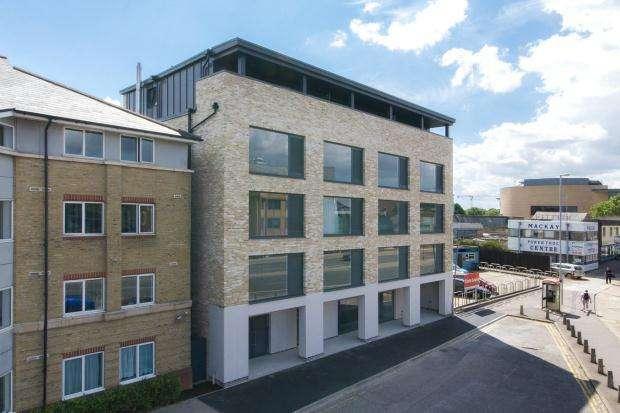 Studio Flat for sale in Mallory House, 91 East Road, Cambridge, Cambridgeshire