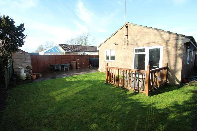 2 Bedrooms Detached Bungalow for sale in St Marys Crescent, Badwell Ash, Bury St Edmunds, IP31