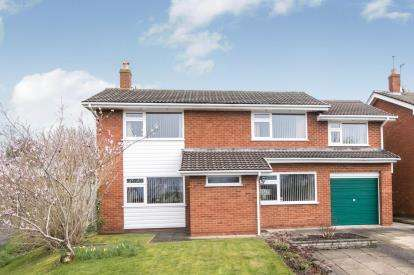 4 Bedrooms Detached House for sale in Greenfields Drive, Little Neston, Neston, Cheshire, CH64