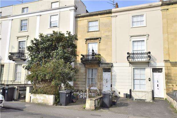 4 Bedrooms Terraced House for sale in St. Pauls Road, Clifton, BRISTOL, BS8 1LR