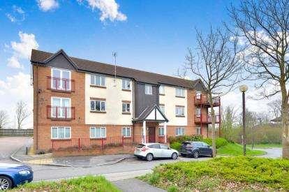 2 Bedrooms Flat for sale in Newlyn Place, Fishermead, Milton Keynes