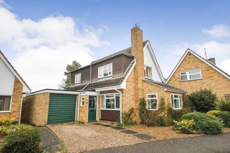 4 Bedrooms Detached House for sale in Rectory Close, Bedford