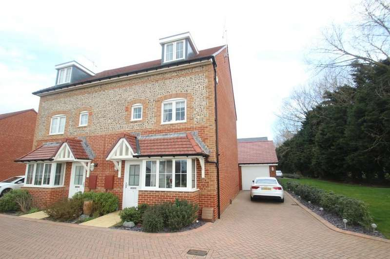 4 Bedrooms Semi Detached House for sale in Brougham Grove, Angmering