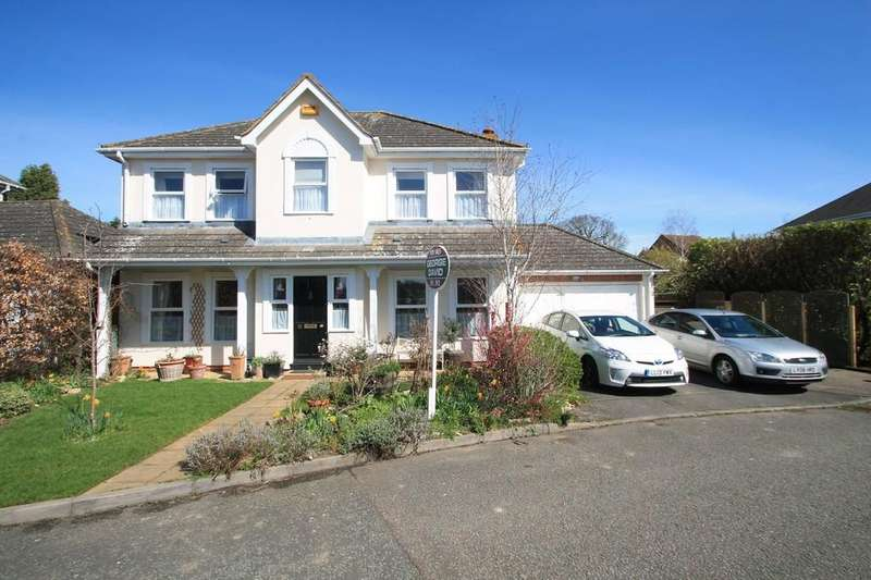 4 Bedrooms Detached House for sale in Kingfisher, Watermead, Aylesbury