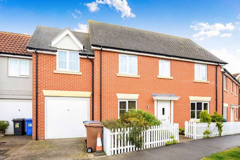 3 Bedrooms Terraced House for sale in Crown Field Road, Glemsford CO10 7UL