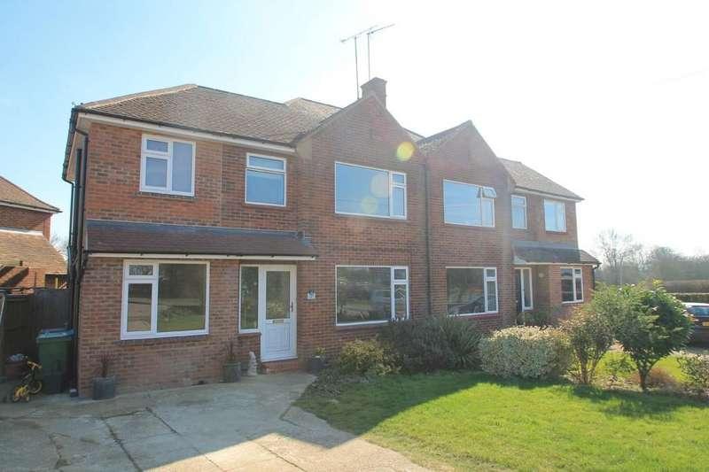 4 Bedrooms Semi Detached House for sale in Bierton, Aylesbury