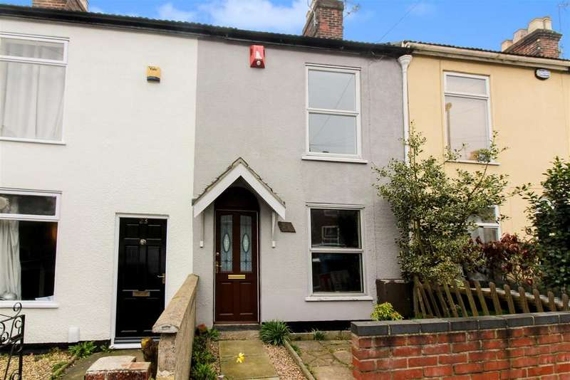 2 Bedrooms Terraced House for sale in Livingstone Street, Norwich
