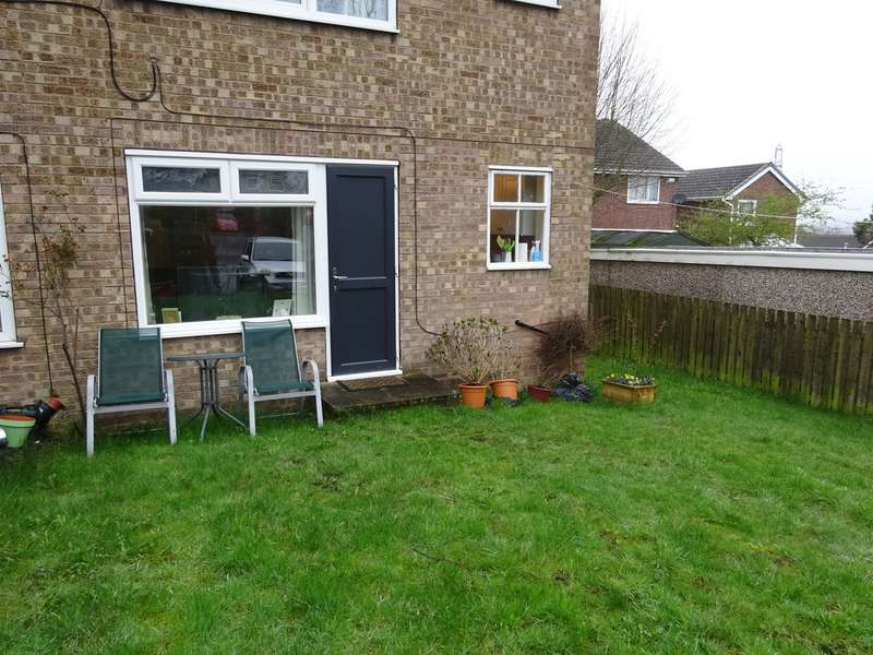 Property for sale in Fieldway Rise, Rodley LS13