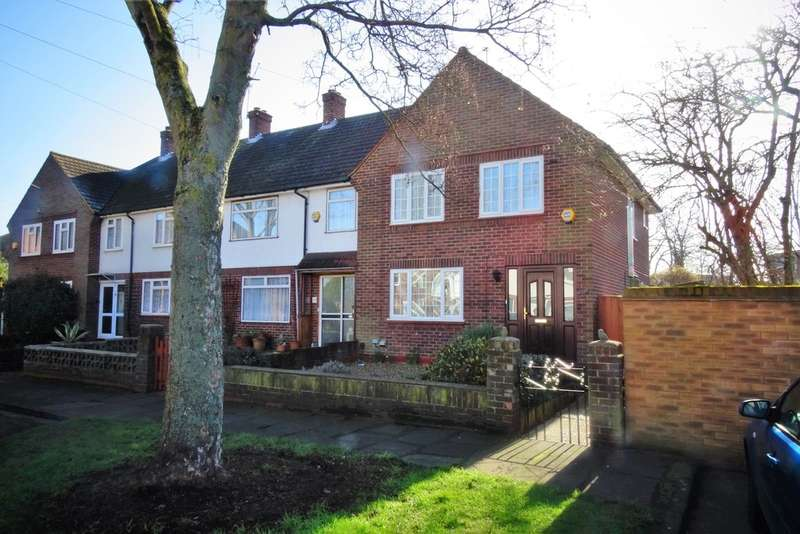 3 Bedrooms End Of Terrace House for sale in Elm Tree Close, Ashford, TW15