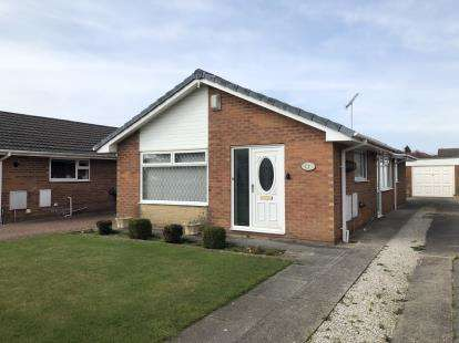 3 Bedrooms Bungalow for sale in Mayfield Avenue, Thornton-Cleveleys, FY5