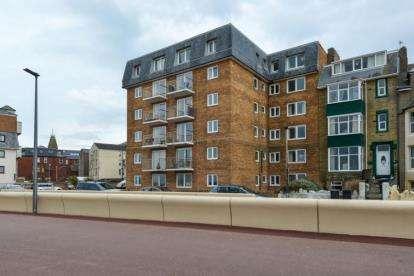 2 Bedrooms Flat for sale in Mearsbeck Apartments, Sefton Road, Heysham, Morecambe, LA3