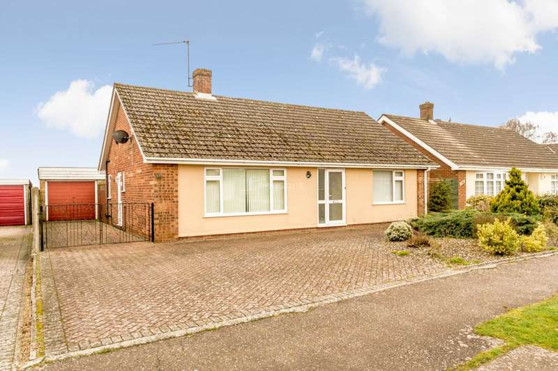 2 Bedrooms Detached Bungalow for sale in Southlands, Swaffham