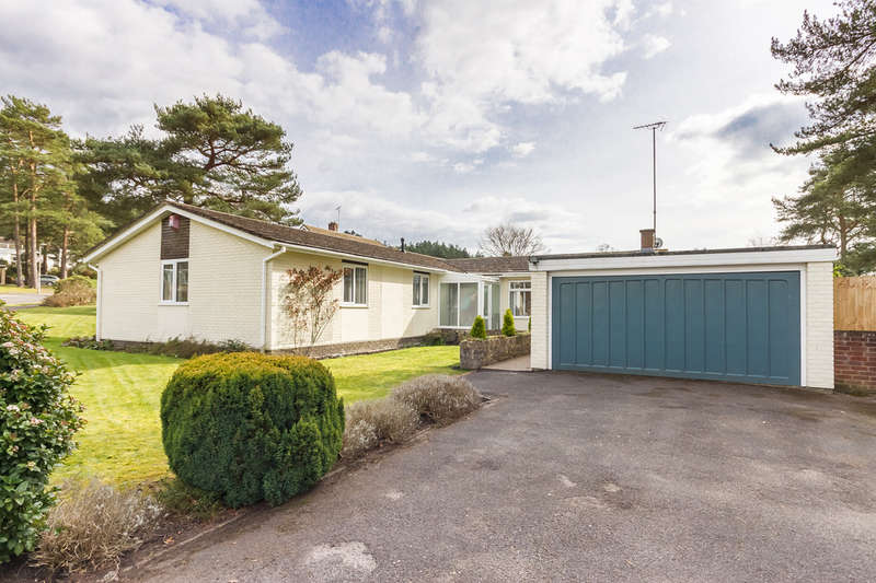 3 Bedrooms Detached Bungalow for sale in Ashley Heath, Ringwood, Hampshire