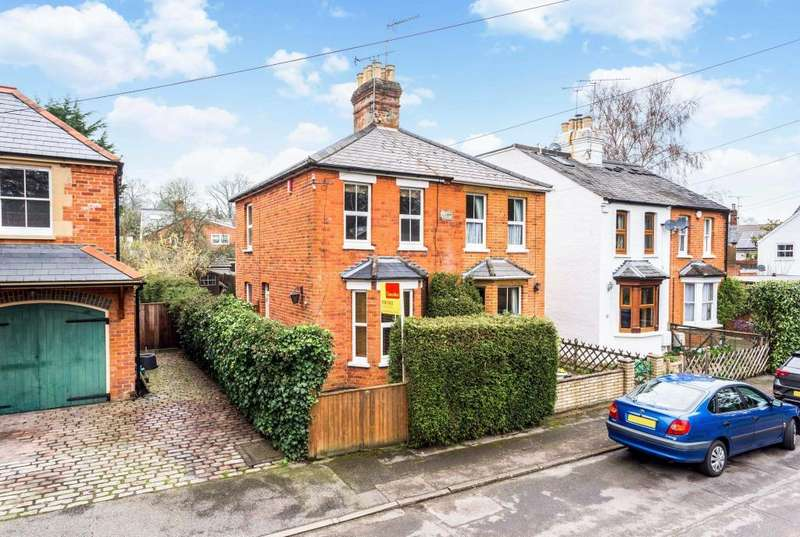 2 Bedrooms Semi Detached House for sale in Beech Hill Road, Sunningdale
