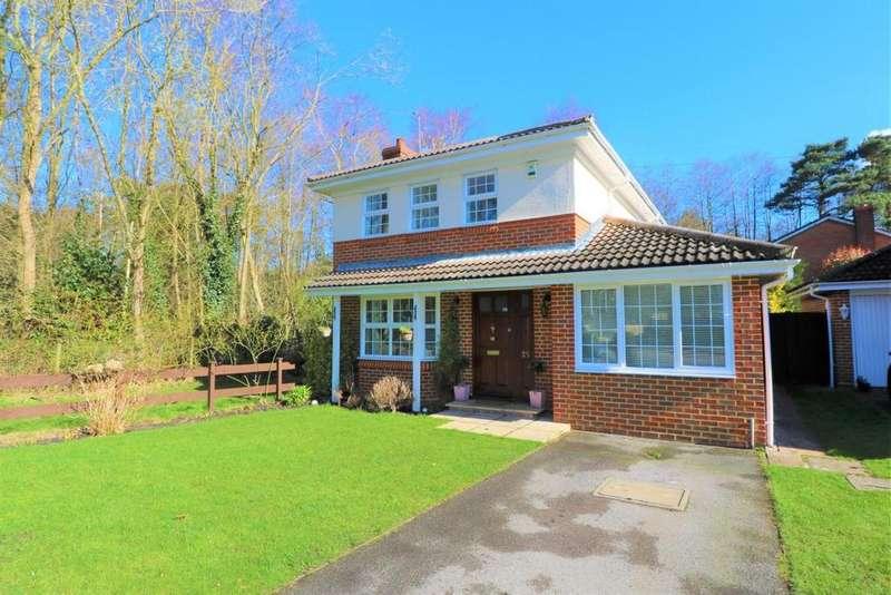4 Bedrooms Detached House for sale in Owlsmoor, Sandhurst, GU47