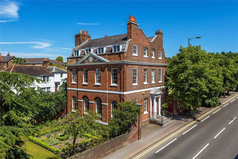 7 Bedrooms Detached House for sale in West Street, Reigate, Surrey, RH2