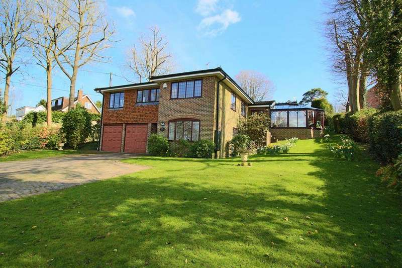 5 Bedrooms Detached House for sale in Harmers Hill, Newick, East Sussex, BN8 4LJ