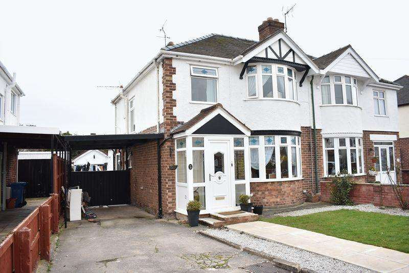 3 Bedrooms Semi Detached House for sale in 29 North Drive, Rhyl