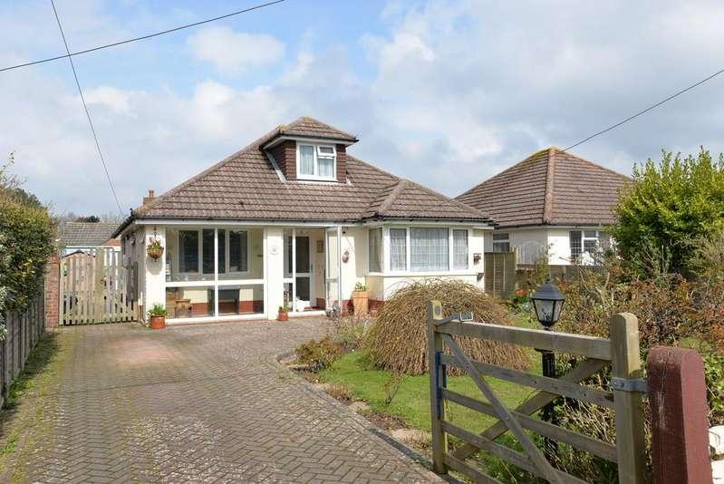 3 Bedrooms Detached Bungalow for sale in Carlton Avenue, Barton On Sea, New Milton