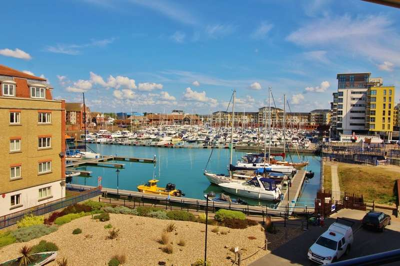 3 Bedrooms Flat for sale in Key West, Eastbourne, BN23