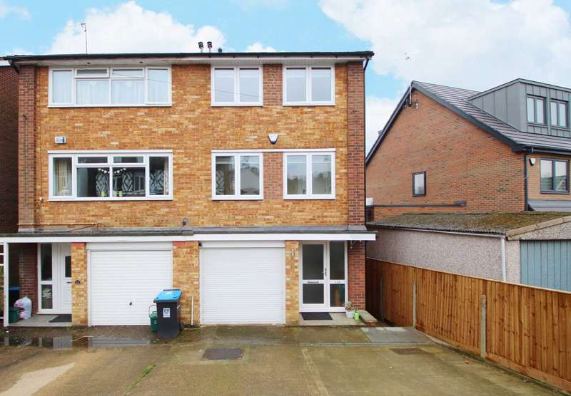 4 Bedrooms Semi Detached House for sale in Moorland Road, Hemel Hempstead