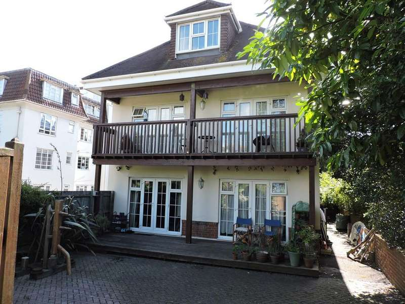 2 Bedrooms Ground Flat for sale in 9 Cambridge Road